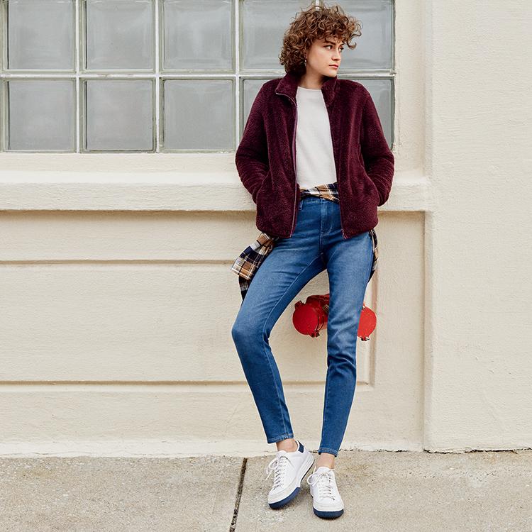 Woman wearing EZY Jeans
